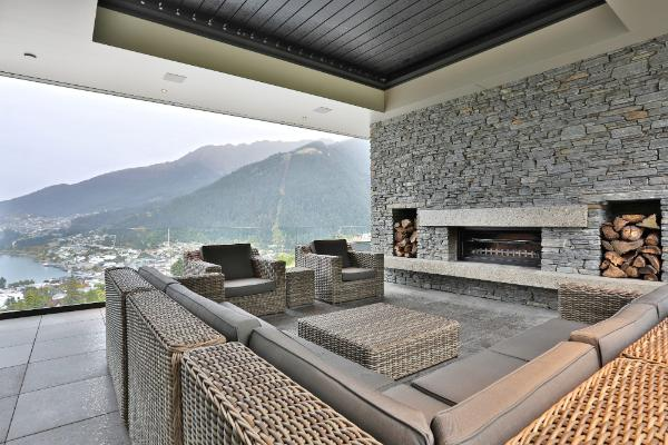 FINDING THE BEST LOCATION TO PLACE YOUR OUTDOOR FIREPLACE