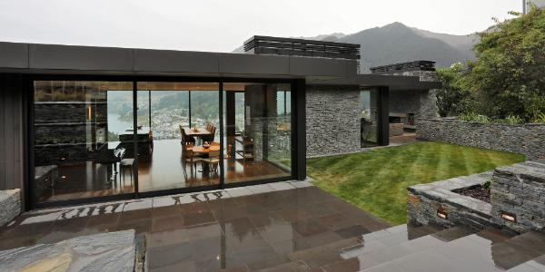 burton-queenstown-grey-award-winning-custom-house-stone-master-builder.jpg