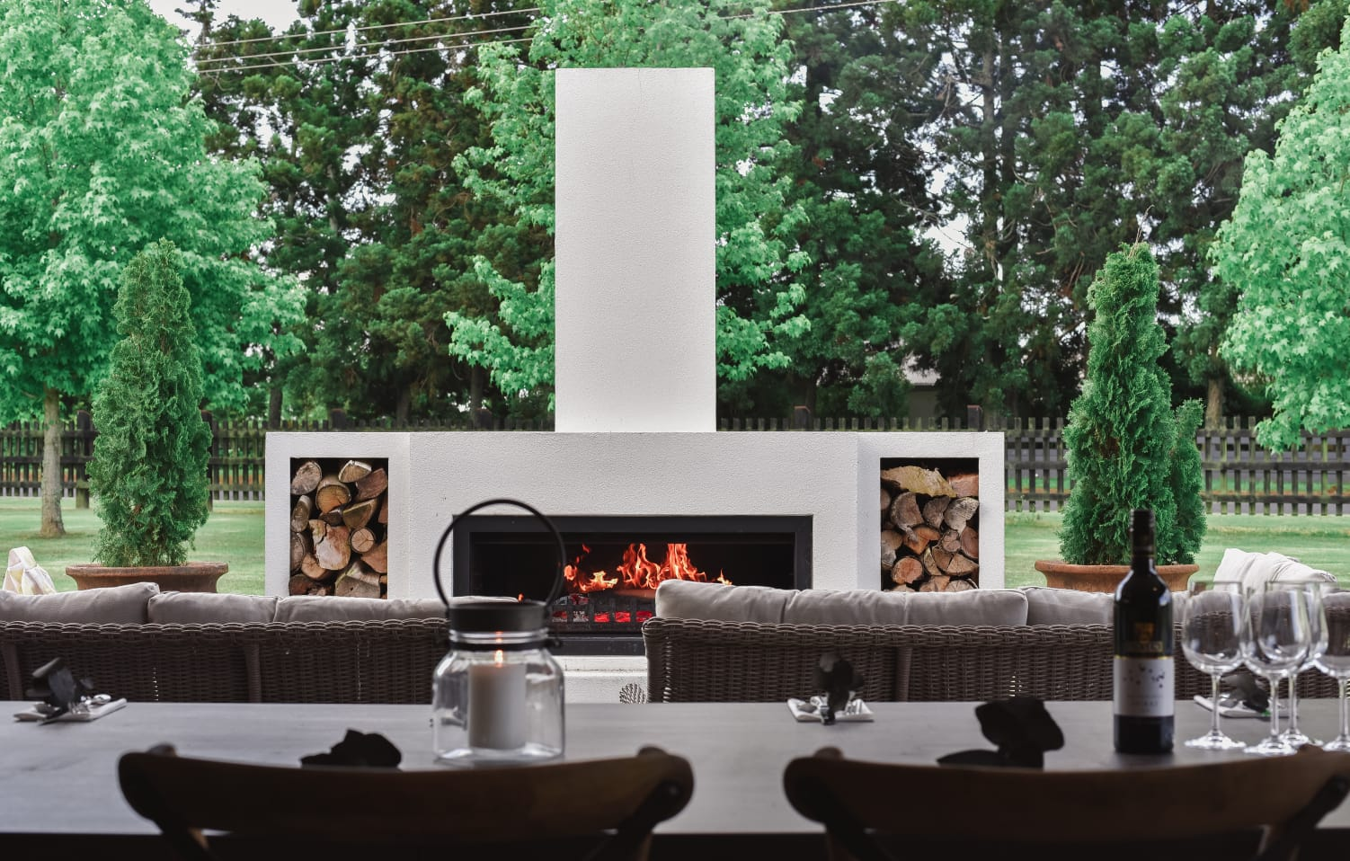 Outdoor gas fireplace vs wood outdoor fireplaces