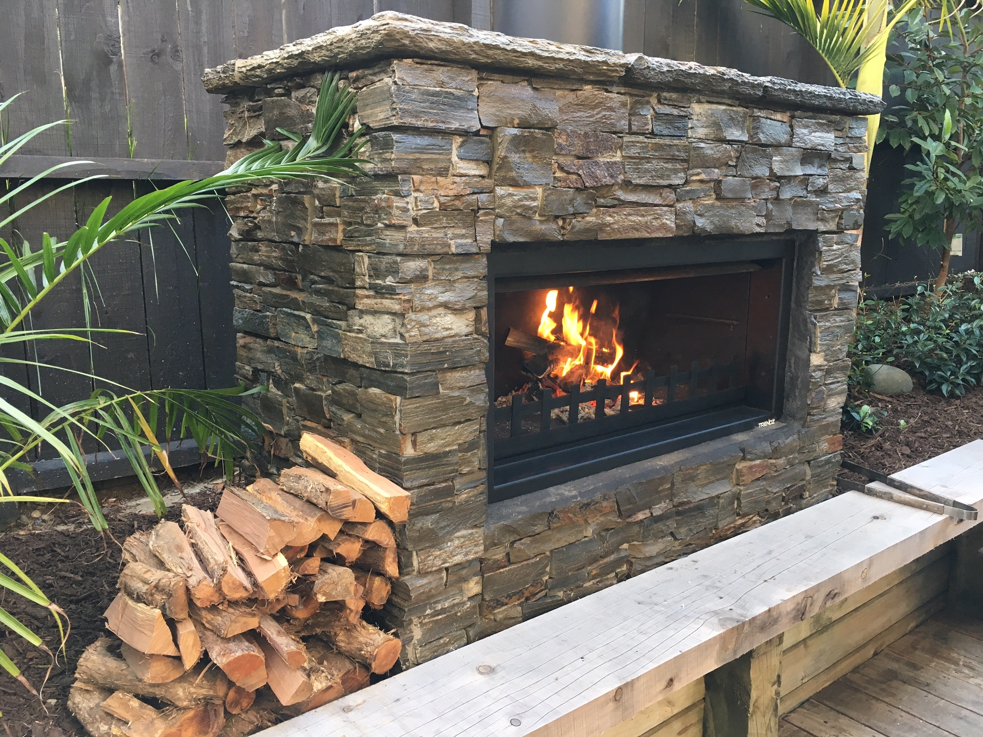 Buying a second-hand outdoor fireplace