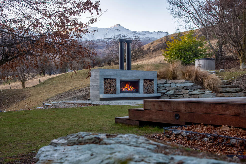 How customisable is an outdoor fireplace?