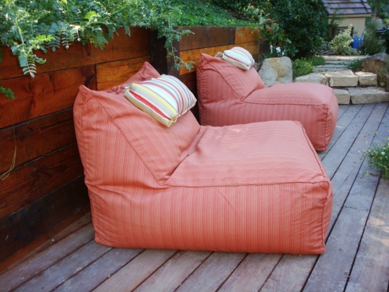outdoor bean bags - outdoor entertainaing