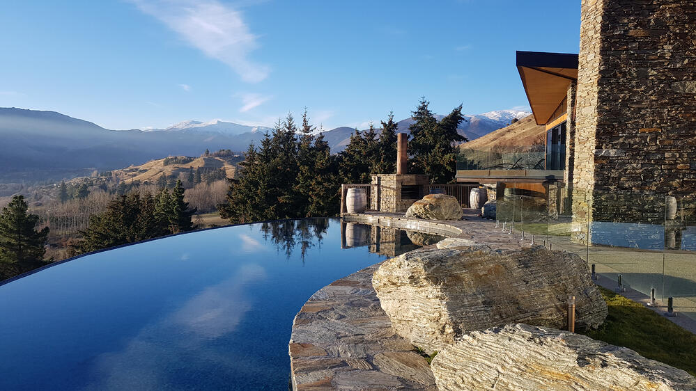 Stoneridge Estate - outdoor fireplace