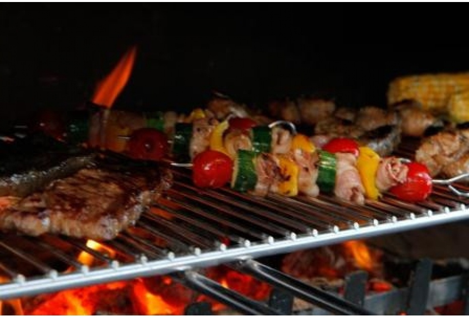 cook your Christmas feast on an outdoor fireplace