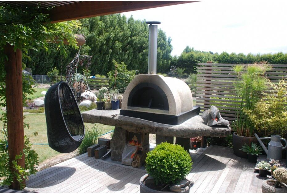 How To Cook The Perfect Pizza In A Trendz Pizza Oven