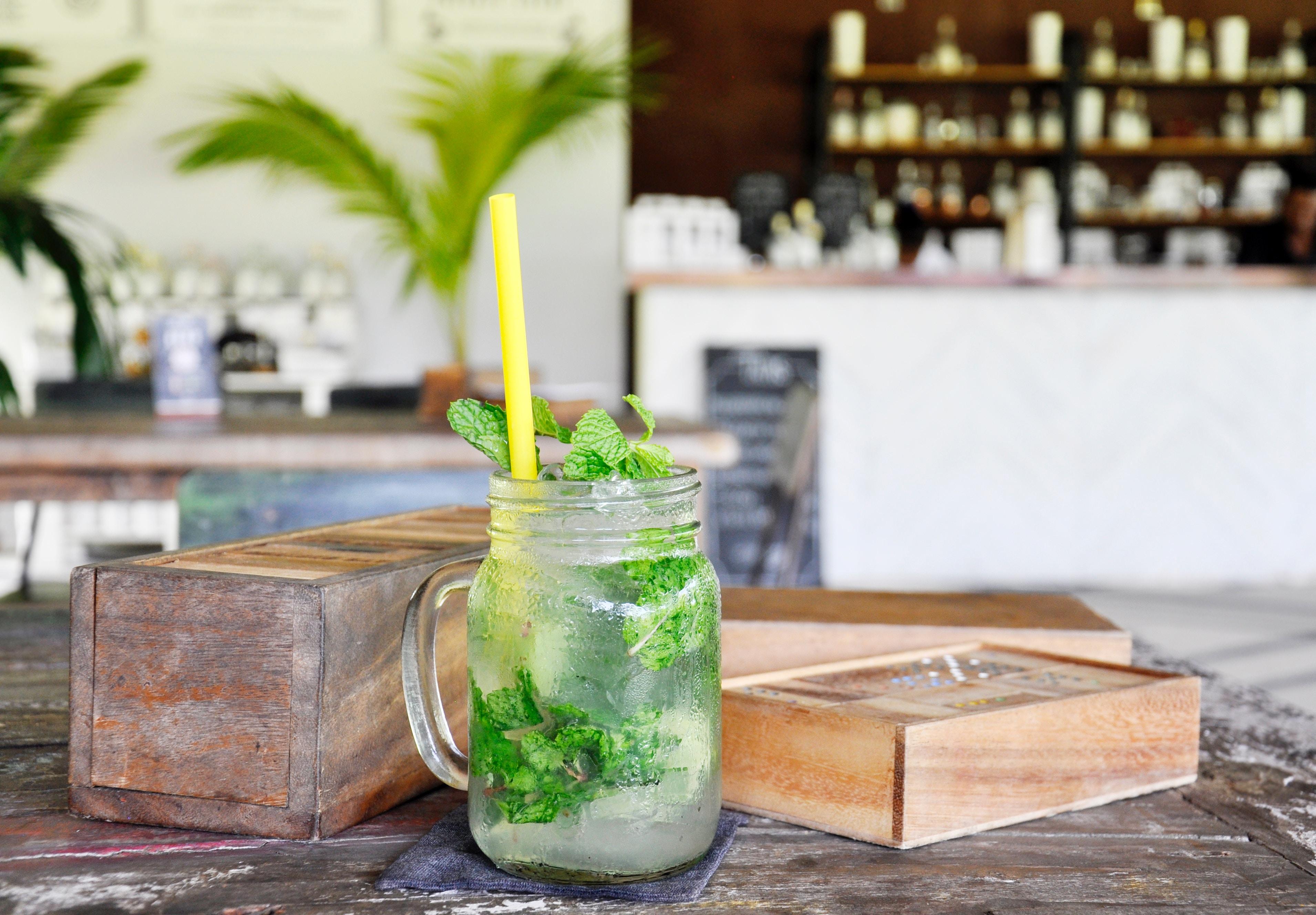 Outdoor trends 2019 - eatable garden - cocktails